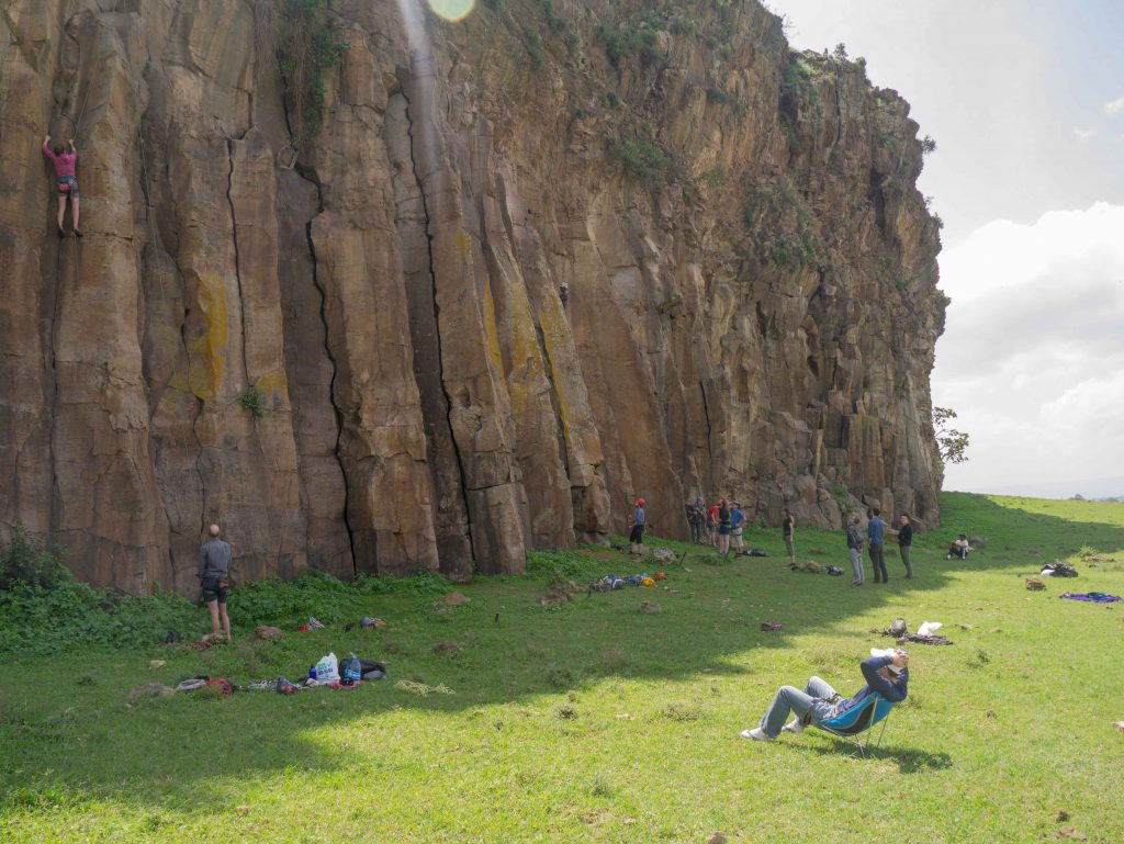 A successful MCK meet: learning crack climbing at Hell's Gate